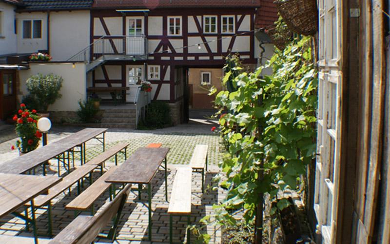 Innenhof vom Galariestüble Diener in Erlenbach